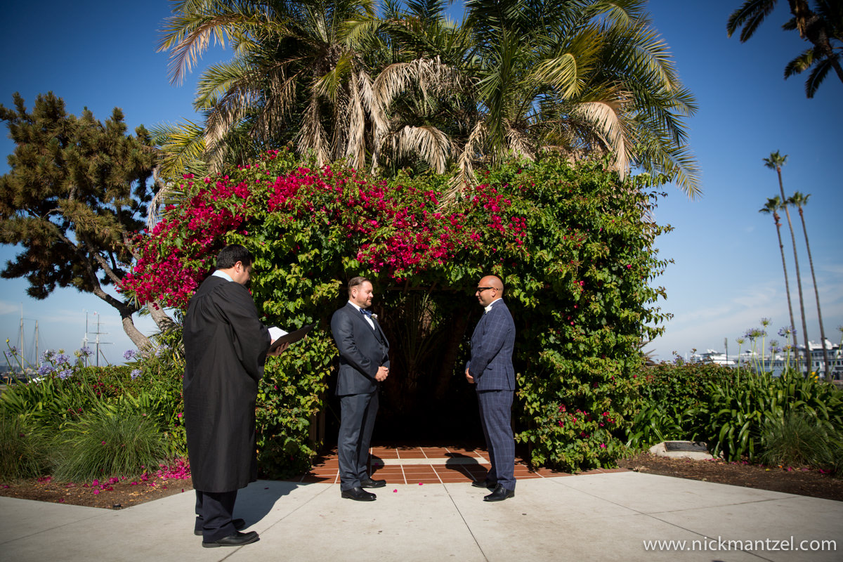 San-Diego-Courthouse-Elopement-Photos-06