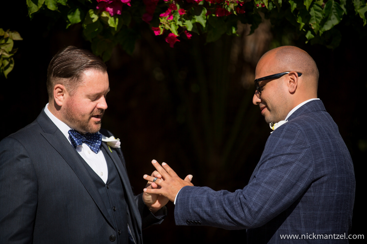 San-Diego-Courthouse-Elopement-Photos-08